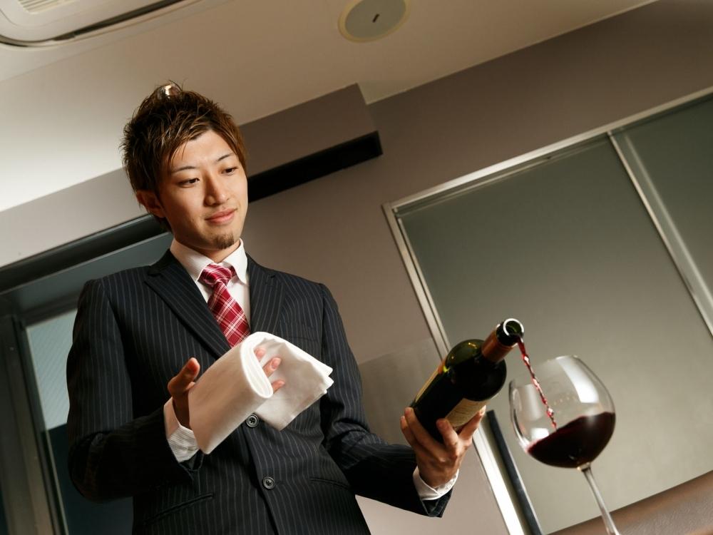 逸品を盛り上げるスペシャルワイン