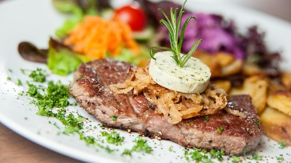 「お肉」を食べるべき3つの理由①セロトニンが分泌される