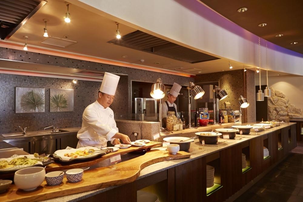 人気レストラン④オールデイダイニング サンコーストカフェ