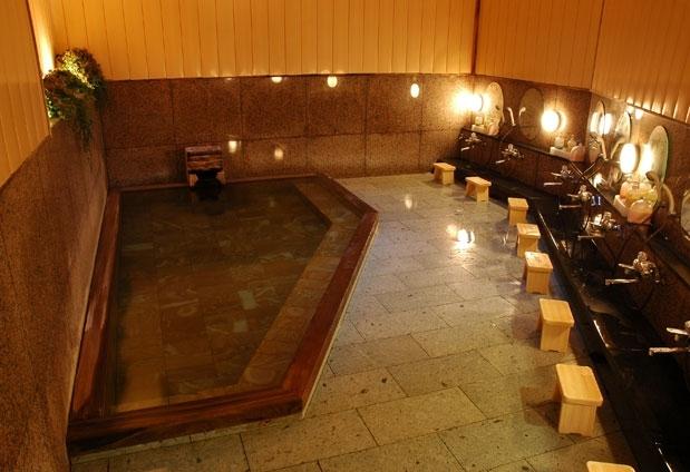 三朝温泉で宿泊するならココ!「三朝薬師の湯 万翆楼」