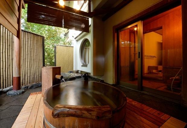 おすすめは露天風呂付きの客室