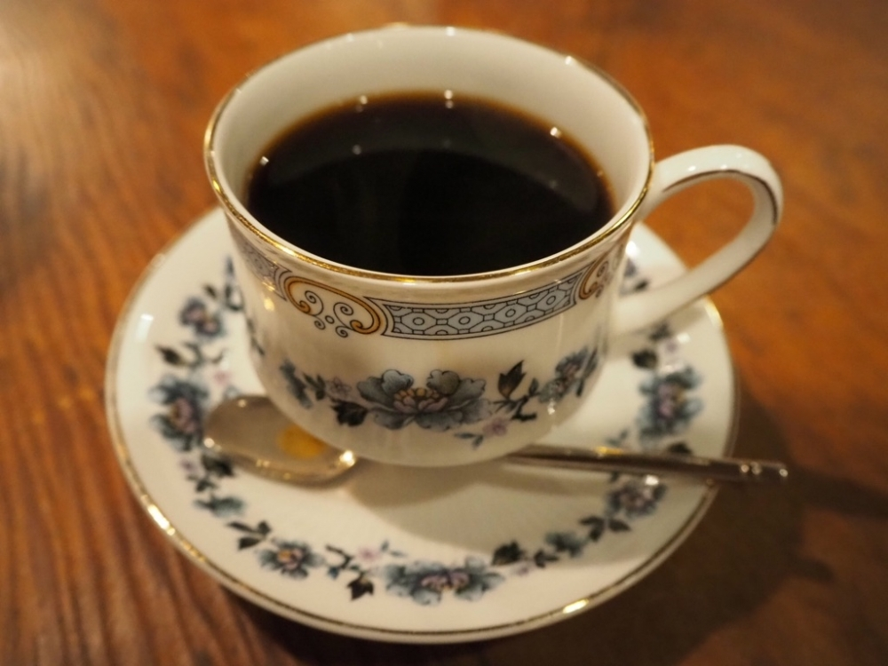 変化めまぐるしい渋谷に残るレトロ喫茶。難波里奈さん厳選3店【連載vol.3】その3