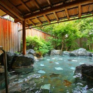 """コンセプトは、""""真の日本旅館を""""。秋保温泉に癒され、緑と寛ぐ贅沢宿"""
