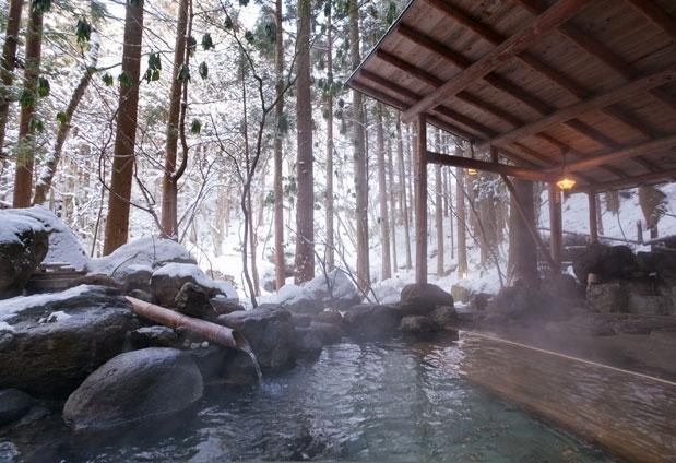 源泉かけ流しの温泉を楽しめる福島県の宿①辰巳屋山荘 里の湯