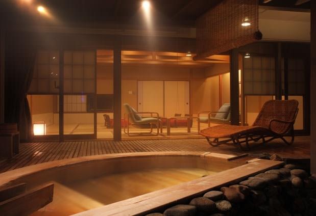 茶寮和室に露天風呂付き……全18種類の客室