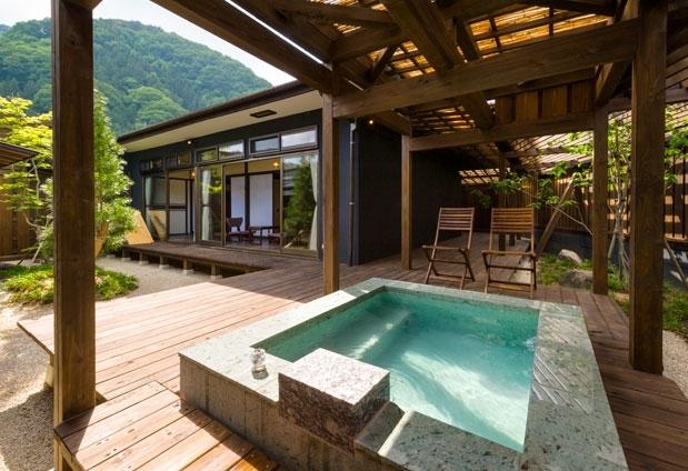 満天の星を愉しめる露天風呂が付いた客室
