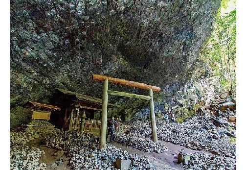 宮崎県で訪れておきたいおすすめスポット②宮崎一のパワースポット「天岩戸神社」