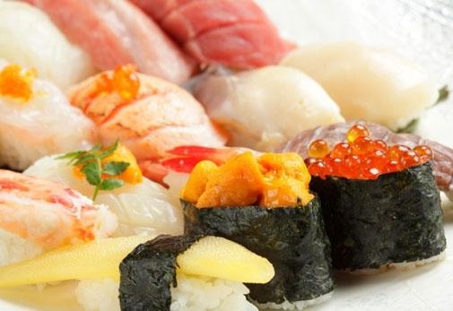「おたる千成」で北海道の贅沢な海の幸を使ったお寿司に舌鼓