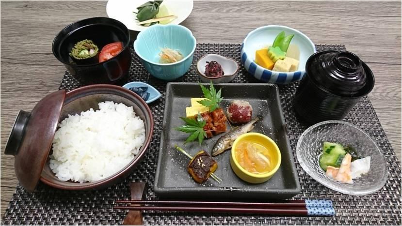 レストランバスで京都観光!走る「老舗料亭」が初の通年営業スタートその3