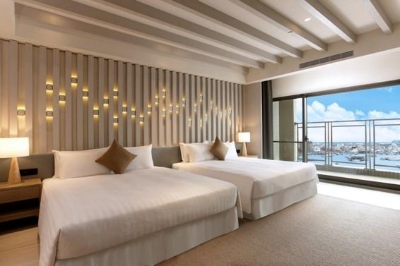 港が見えるホテルで、ひととき、異国情緒に浸る