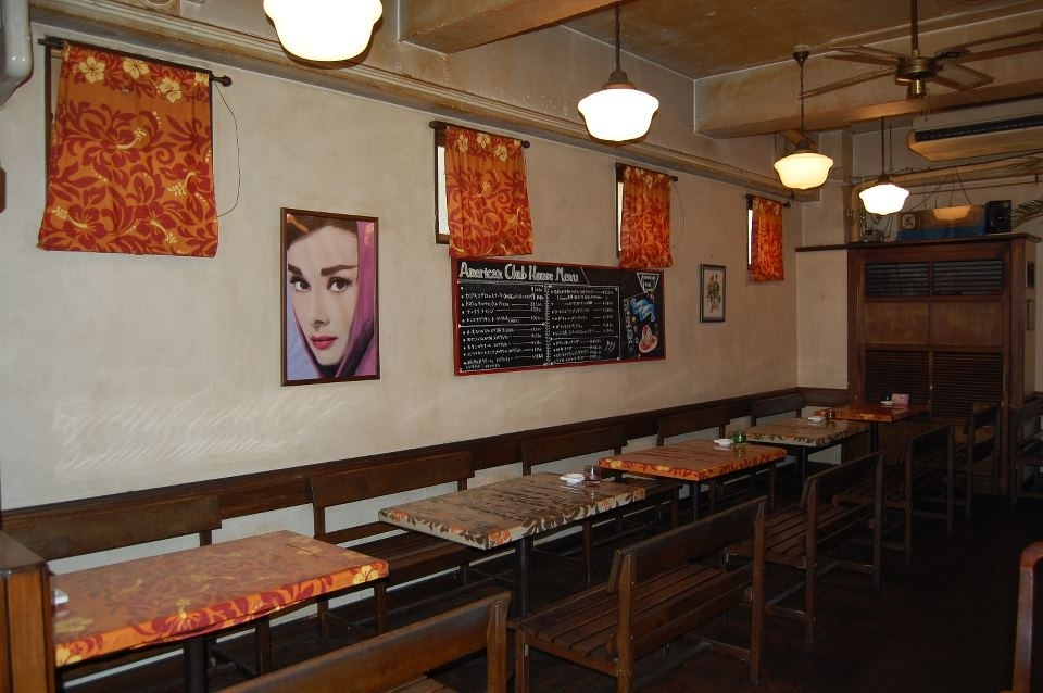 絶品スペアリブが食べたい!湯河原駅近く「アメリカンクラブハウス」の魅力①どんなお店?