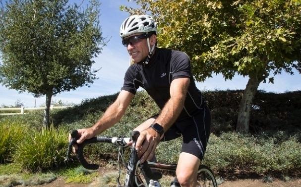 注目のアクセサリ! 音楽も通話も楽しめる自転車ヘルメット「SAFE-TEC」