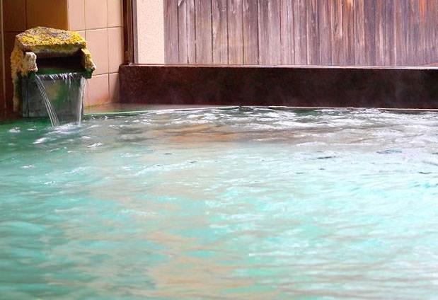 温泉とグルメを堪能