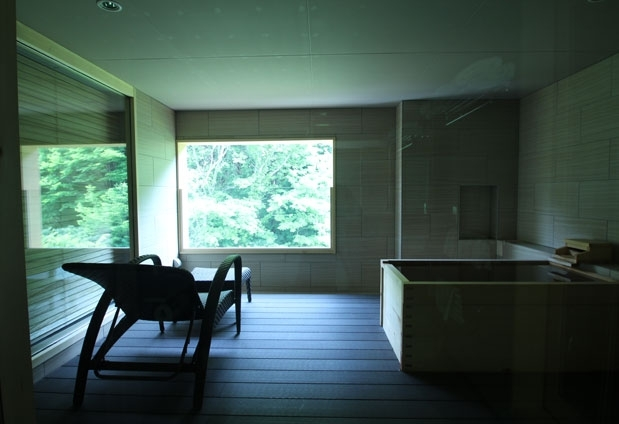 名湯と富士の絶景を楽しめる箱根の湯宿。高級別荘地に佇むホテルその3