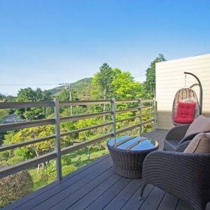 名湯と富士の絶景を楽しめる箱根の湯宿。高級別荘地に佇むホテル
