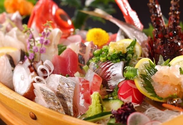 豪快な海鮮料理が自慢の「網元の宿 ろくや」