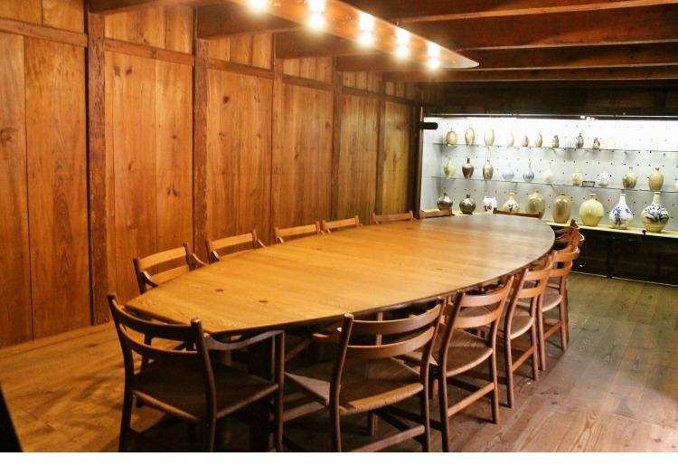 カウンターから個室まで、席タイプも豊富