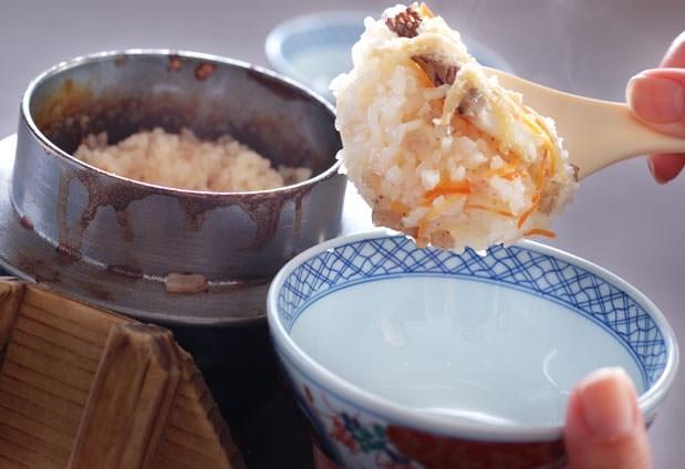 愛媛ブランドの鯛を使った絶品の鯛釜飯