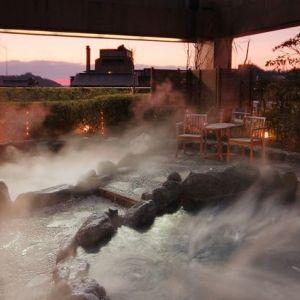 客室に足湯も!名湯はモダンなスパリゾート「道後温泉 花ゆづき」で満喫