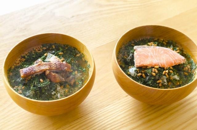 柔らかい茶葉をまるごと食べるタイプのお茶漬け