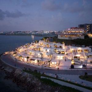 エーゲ海の白亜の街並みと絶景を満喫できるリゾートが沖縄に!?「瀬長島ウミカジテラス」の魅力とはその0