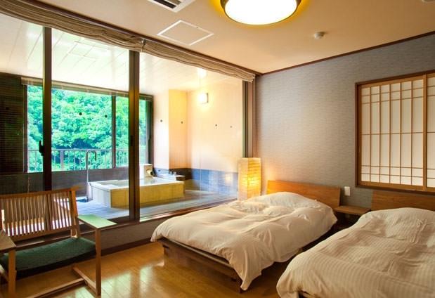 露天風呂付き温泉スイートルーム「六庄庵」