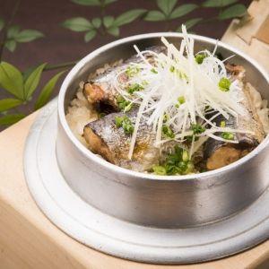 【神奈川】昔懐かしい古民家風の食事処で自慢の釜めしに舌鼓その0