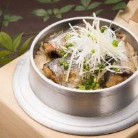 【神奈川】昔懐かしい古民家風の食事処で自慢の釜めしに舌鼓