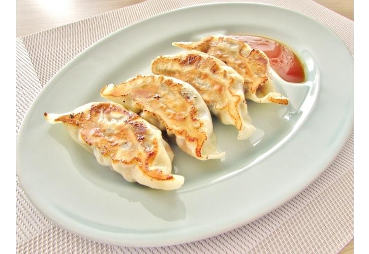 手作りジャンボ牡蠣餃子