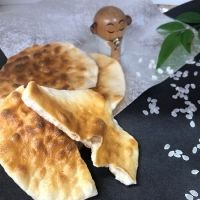 上品な米の風味がふわっと広がる! 昔懐かしい「雷神堂」の手焼き煎餅