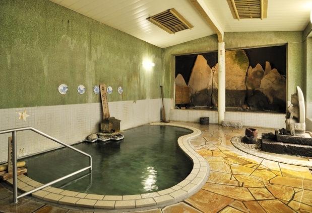 野沢温泉「常磐屋旅館」の魅力②泉質が異なる子宝薬師の湯