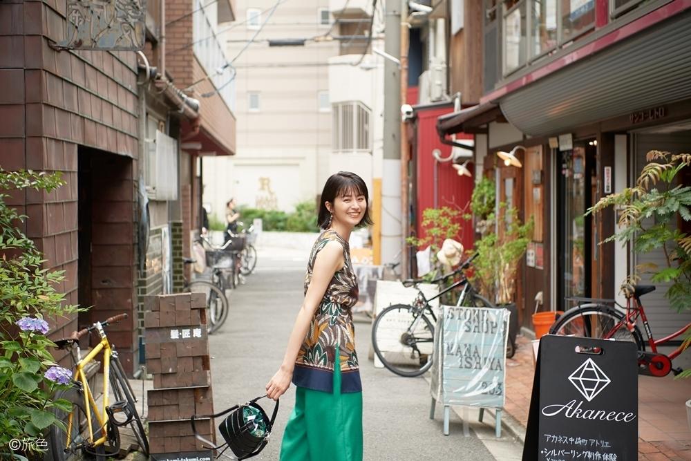 特集「大阪、おとなの街歩き。」