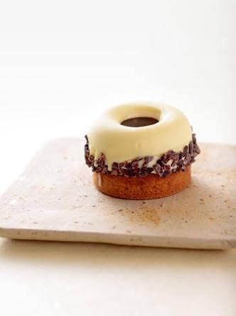 【蹴上インクライン】ドーナツ型ティラミス/菓子・茶房 チェカ