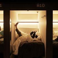 未来を感じさせる宿泊体験を!20人のアーティストが描く20室限定の『アートポッド』が誕生