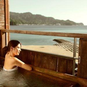 大正ロマンに浸れる宿。「茜色の海 あるじ栖」で海の絶景を独占