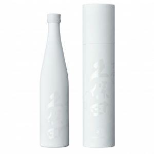 """スノーピークから日本酒!? 酒造とコラボした""""アウトドア向け日本酒""""今春販売"""