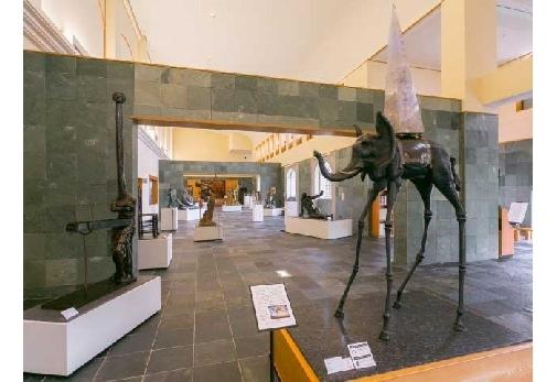 会津のダリ美術館「諸橋近代美術館」▶︎世界屈指の規模を誇る美術館