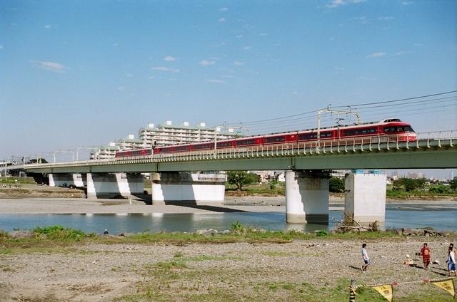 電車の旅で利用したい、おすすめの列車①ロマンスカー