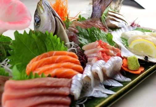 沼津魚市場の新鮮な魚介類が食べられるお店!「沼津かねはち」の魅力③豊富なメニュー