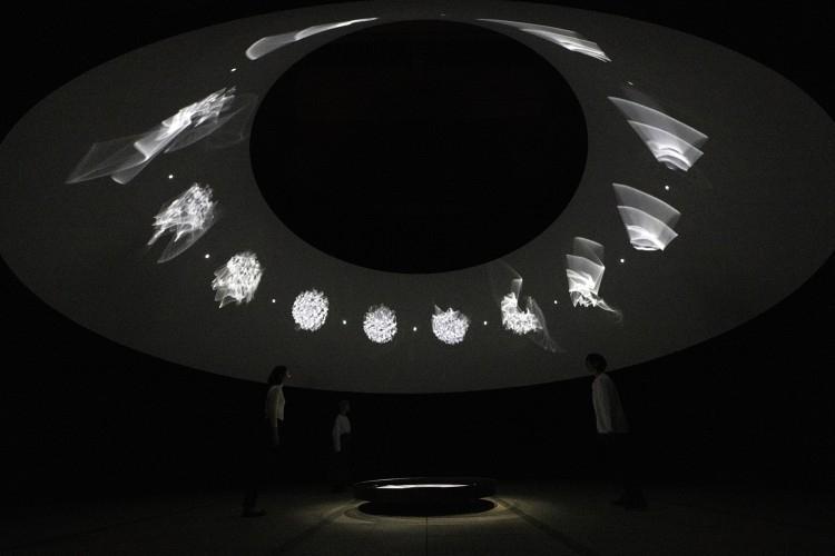 6月9日(火)開催! オラファー・エリアソンの大規模個展「ときに川は橋となる」その3