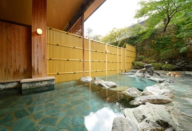 山形県にある天童温泉「松伯亭あづま荘」の魅力①源泉かけ流し温泉100%