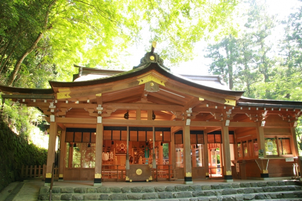 和泉式部も参詣した縁結びの神様「貴布禰総本宮 貴船神社」