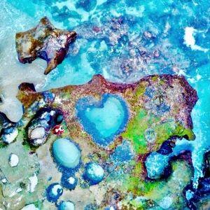 <動画つき>奄美観光大使・とまこが異国情緒満点な海へ!超絶きれいで地形がおもしろい奄美のスポット【連載第32回】