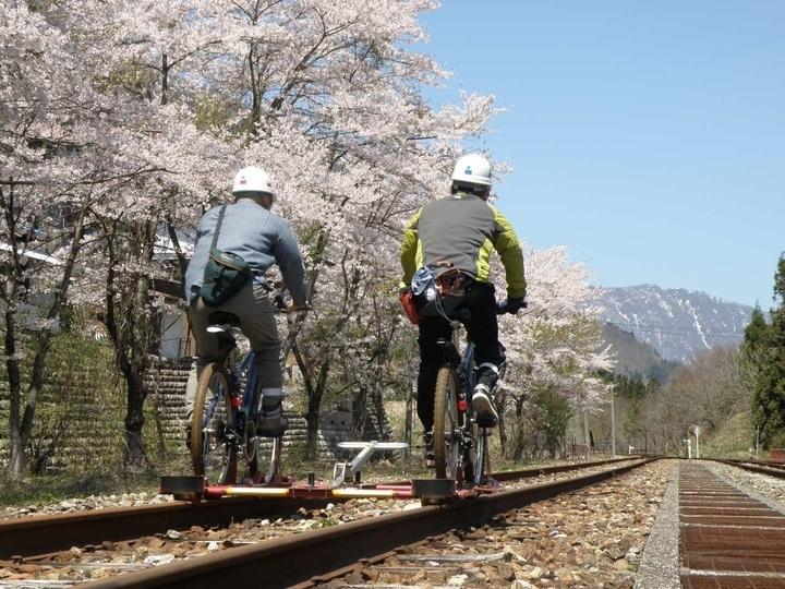 レールマウンテンバイクに新「渓谷コース」登場!4月21日運行開始その3