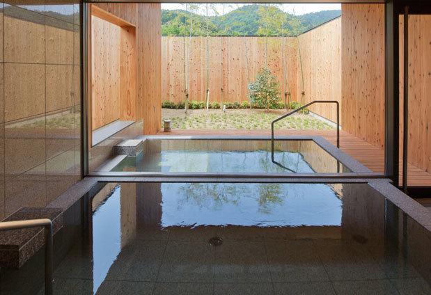 和歌山県「山荘 天の里」の魅力4:貸切風呂