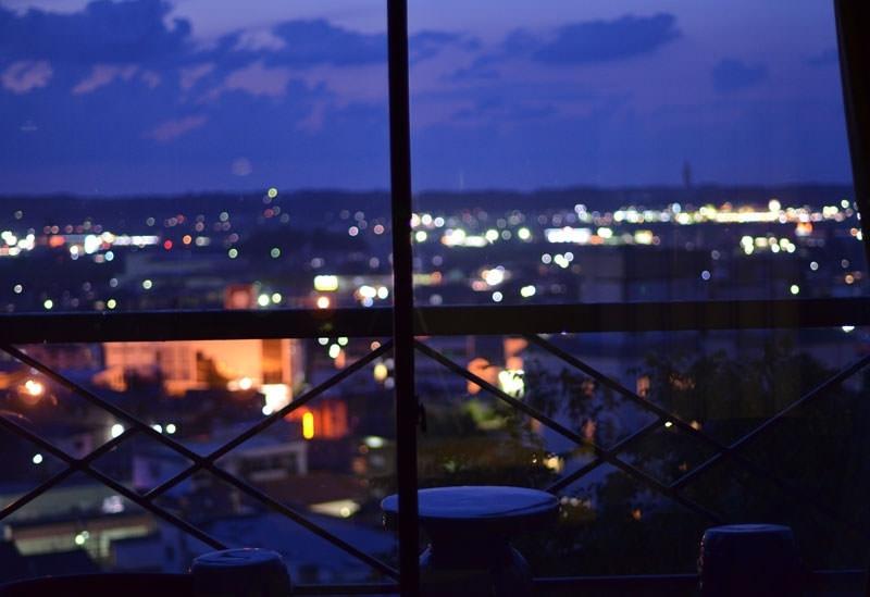 ④夜景を眺めるひとときを