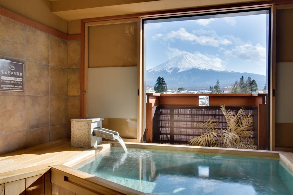 お風呂の種類が多彩で滞在中は何度も入浴したくなる