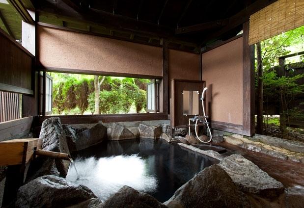 露天風呂付き客室のある九州の温泉宿② 秀月