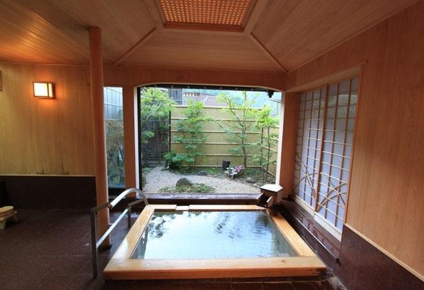 箱根で厳選!20部屋以下のプライベート感のある宿④湯さか荘